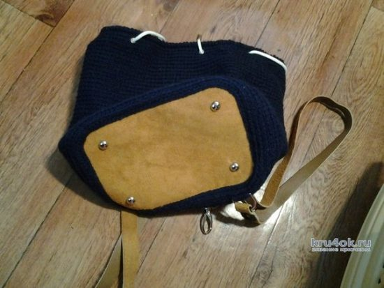 Crochet backpack with leather inserts. Work Aksinya Grieg